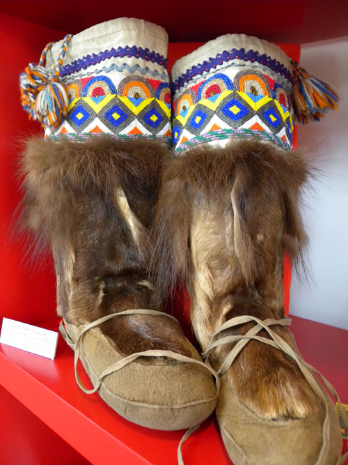 Caribou leg winter foot wear with wolverine tassels. Attributed to Lucy Wood. Tr